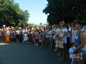 День рождения плюшевого мишки в Липецке отметили парадом