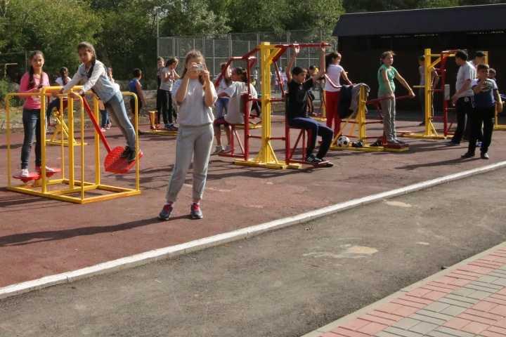 В каждом районном центре Карачаево-Черкесии будут установлены уличные тренажеры