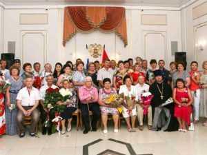 В Оренбуржье укрепляют положительный образ семьи