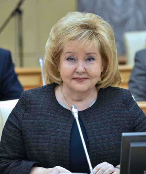 СУСЛОНОВА Нина Владимировна