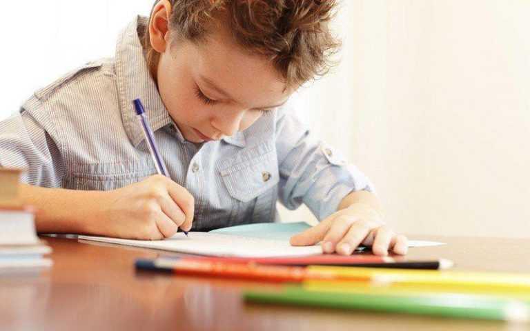 В учреждениях системы социальной защиты стартовала социально-педагогическая акция «Письмо домой»