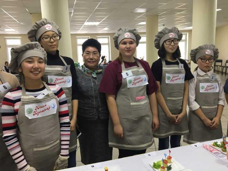 День девочек в республике Саха (Якутия)