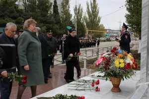 Открытие памятного обелиска в г. Каспийске сотрудникам  органов  внутренних дел, погибшим  при исполнении служебных обязанностей.