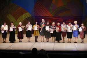 Женщин Кубани поздравили с Днем матери!