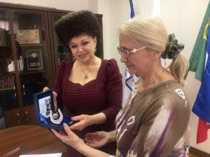 Партнёрские отношения с женской Ассамблеей.