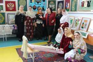 Памятное мероприятие, посвященное русской интеллигенции, прошло 3 июня в Дахадаевском районе с участием видных общественных и политических деятелей республики.