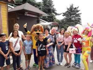праздник с детьми-сиротами и их сопровождающими.
