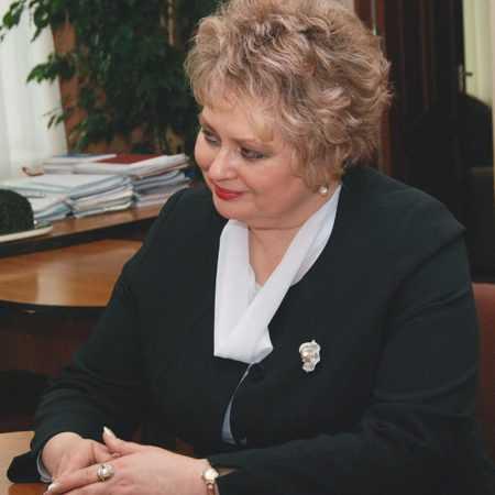 ПОТЕРЯЕВА Елена Леонидовна