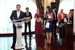 Глава Ингушетии поздравил с  8 марта  всех женщин