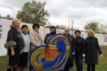 Аллея Матери в Улан-Удэ пополнилась новыми саженцами
