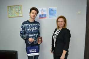 Руководитель ВОД «Матери России» в РБ поздравила молодых людей которые впервые будут участвовать в выборах 2018 года