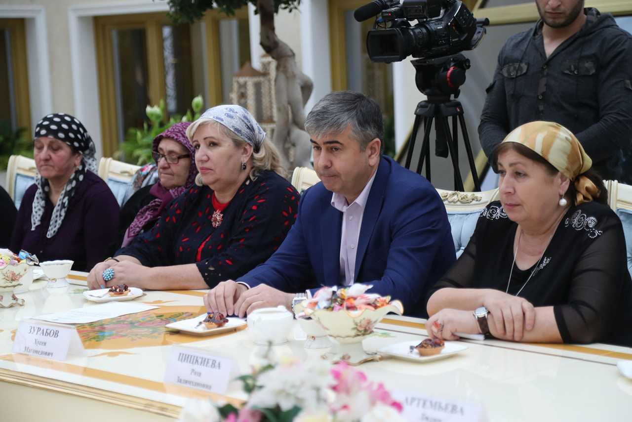Глава Ингушетии поздравил Матерей Республики