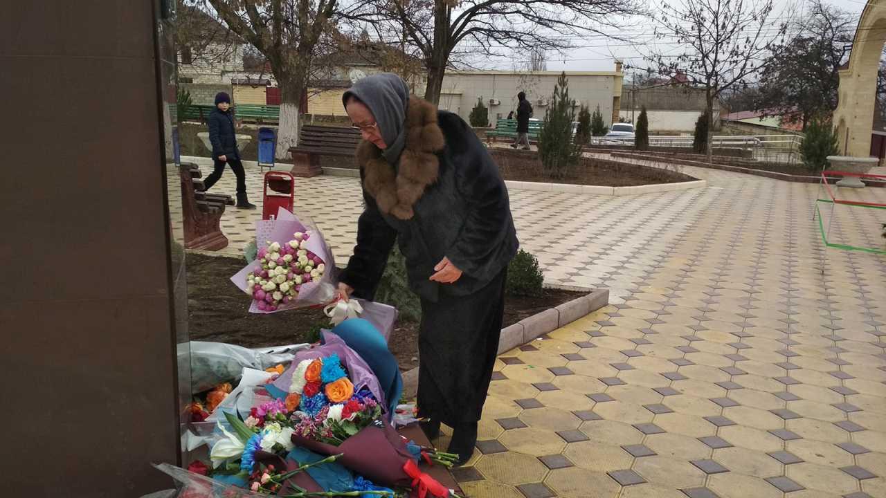 В Сергокале установлен памятник Магомеду Нурбагандову